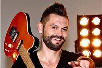 Intervju Ivan Dečak: Vjerujemo u svaku pjesmu koju objavimo!