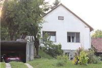 U Virovitičko-podravskoj županiji jeftina prodaja kuća. Kvadrat kuće u Milanovcu sa dva gradilišta tek 400 eura
