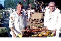 Orahovčani četvrti u kuhanju renesansnog jela