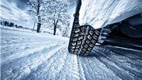 Policija podsjeća da je od 15. studenog obavezno korištenje zimske oprema na motornim vozilima
