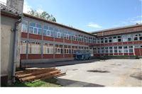 Radovi na rekonstrukciji krovišta na Osnovnoj školi u Suhopolju
