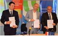 Potpisan Ugovor o financiranju projekta razvoja digitalno zrelih škola vrijedan preko 227 milijuna kuna