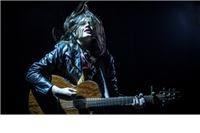 Ferragosto Jam: Lovely Quinces - djevojka koja je sa gitarom, zaustavila kolonu protiv pobačaja
