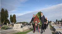 Povodom obilježavanja Dana neovisnosti RH položeni vijenci na Spomen obilježju u Virovitici