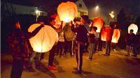 Stotinu letećih lampiona za nedužne žrtve
