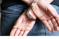 """Policijskom """"sačekušom"""" u Slatini uhićen iznuđivač"""