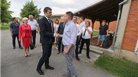 Ministar rada i mirovinskoga sustava Tomislav Ćorić posjetio je tvrtku Pan parketa