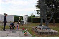 Delegacija Grada Virovitice položila vijenac na spomen obilježju palim borcima NOR-a