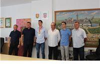 Gradonačelnik Ivica Kirin primio europskog juniorskog prvaka Marina Bloudeka i njegovog trenera Zlatka Tota