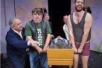 Danas na Virkasu hit komedija Pokopaj me nježno Teatra Kerekeš, ulaznice raspordane
