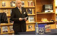 Predstavljena knjiga Crveni fićo ratnog reportera Žarka Plevnika