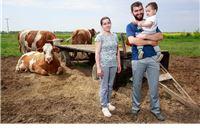 """Napravio čudo u selu sa 20 stanovnika: """"Zbog oca volim polje, a i ja moram nešto ostaviti sinu"""""""
