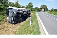 U prometnoj nesreći kod Čačinaca vozač lakše ozlijeđen