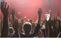 Večer čvrstog rocka: Nakon izvrsne grupe Epitaf, Opća opasnost i fanovi otpjev...