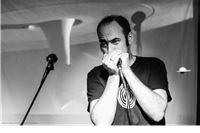 Igor Djeke - Harp Explosion Thee One Man Band večeras na Roklicerovim umjetničkim večerima: autorski garage blues