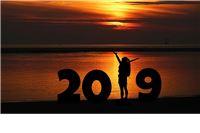 Ti si još mlada, puna elana, ideja novih, ideala. Sretna Vam Nova 2019.!