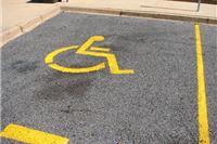 Preporuka pravobraniteljice gradovima i policijskim upravama povodom nepropisnog parkiranja na označenim mjestima za osobe s invaliditetom