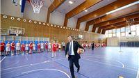 Premijer Plenković otvorio novu sportsku dvoranu