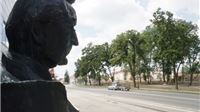 Na Prekršajnom sudu zakazana rasprava  za vibrator na kipu Franje Tuđmana