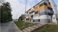 Živi zid prijavio ravnateljicu Učeničkog doma zbog sumje da nije poduzela epidemiološke mjere što je rezultiralo  zarazom pet odgajatelja od kojih je jedan preminuo