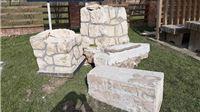Civilizacijska sramota iz Noskovačke Dubrave: Srušili spomenik da naprave parking za autobuse