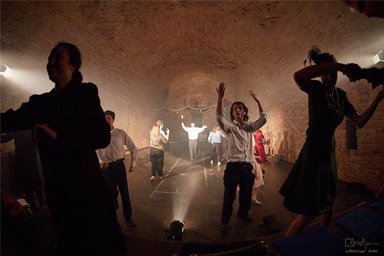 Noć kazališta - stiže nam odličan komad Liliom/Kazimir i Karolina Akademije za umjetnost i kulturu u Osijeku